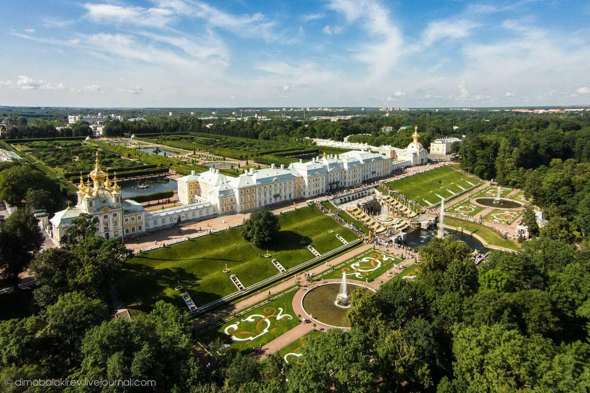 Большой Императорский дворец Петергофе