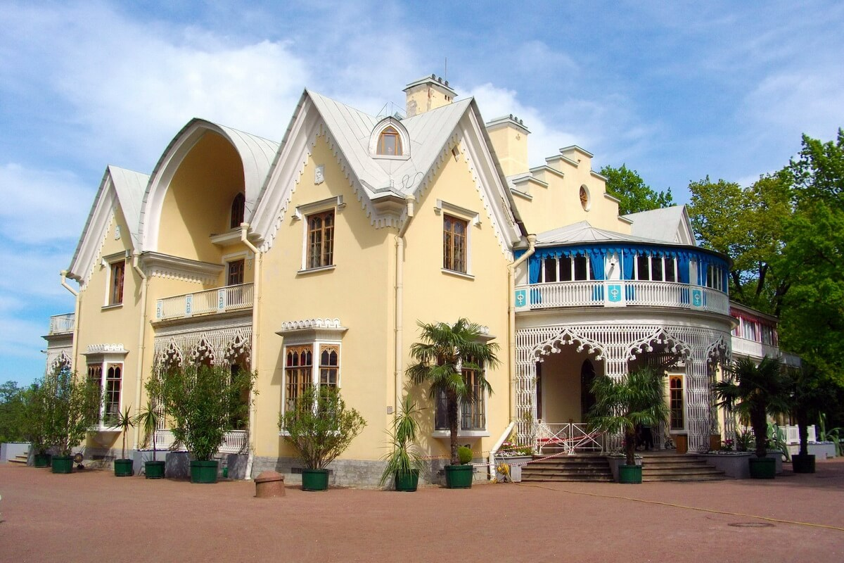 Дворец Коттедж - загородный дом Николая I