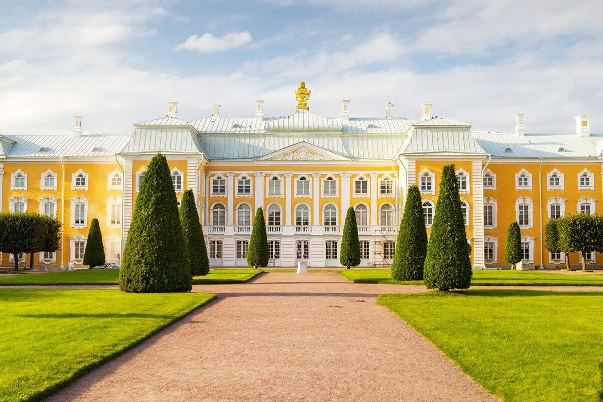 Императоский дворец