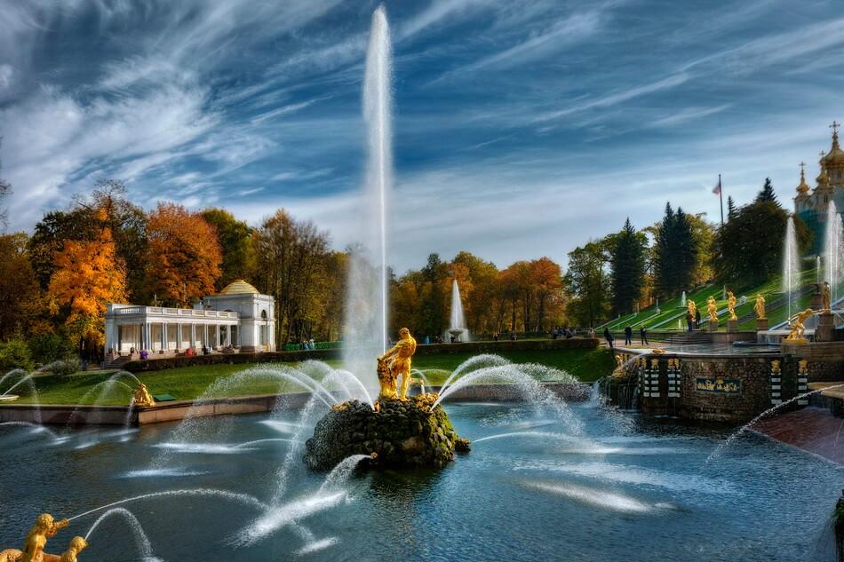 Самсон главный фонтан Большого каскада