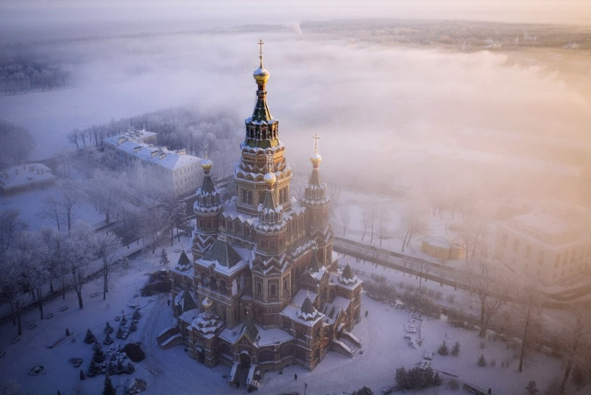 Собор Петра и Павла зимой