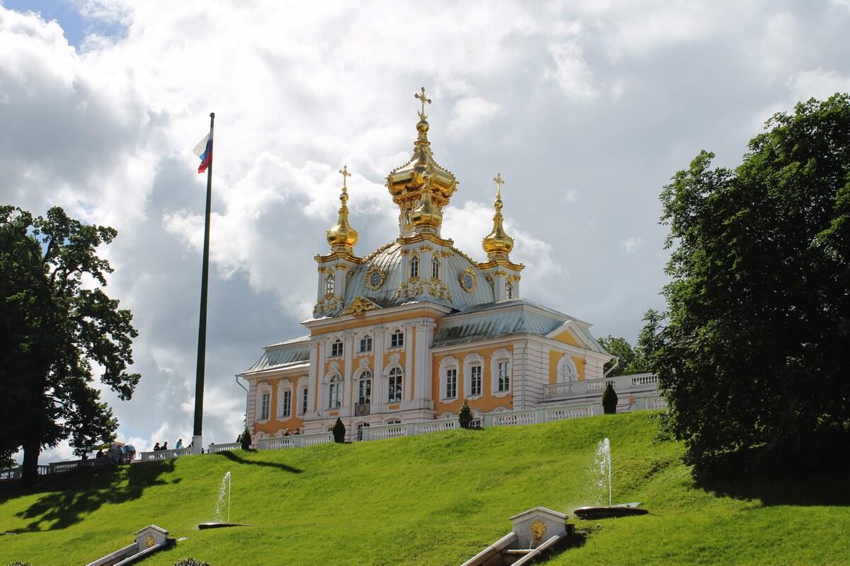 Церковный корпус в Большом дворце